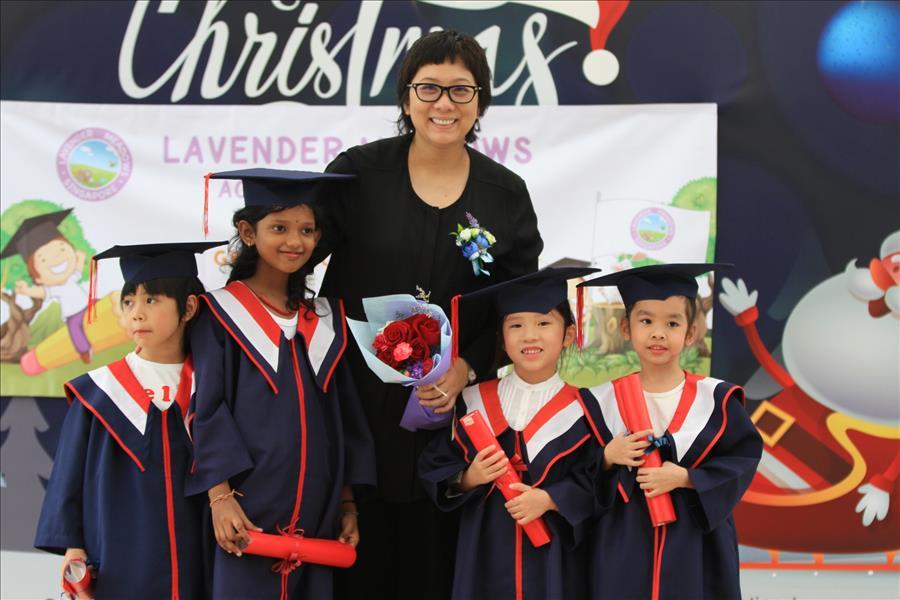 Lavender Meadows Academy 2018 Graduation Ceremony   薰衣草双语幼儿学校2018年毕业典礼